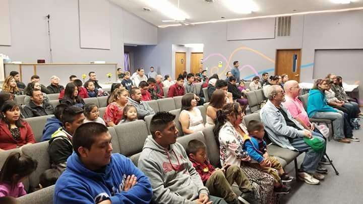 Hispanic church celebrates eighth anniversary