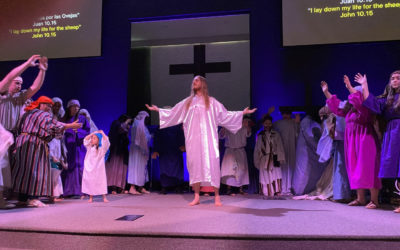 Church presents third annual Easter pageant in Spanish